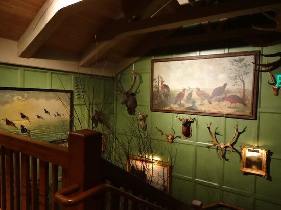Lake Placid Lodge: Staircase -All spaces have art