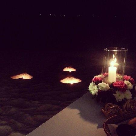 Anantara Rasananda Koh Phangan Villas: Candle light dinner at the beach