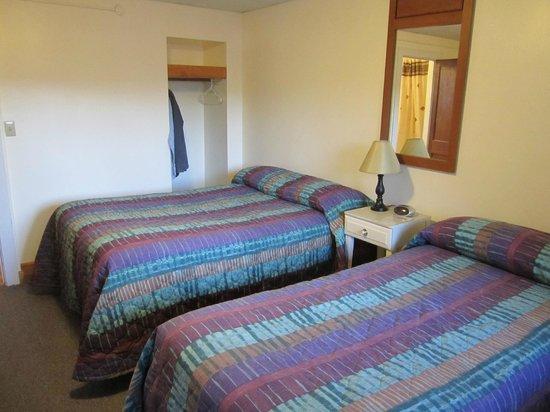 Algonkin Motel: Room 25