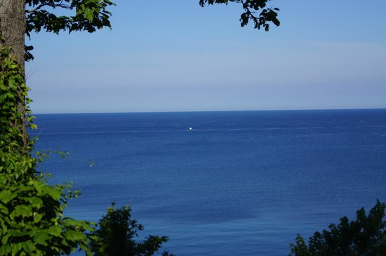 Silver Beach County Park: View from a different park overlooking Lake Michigan