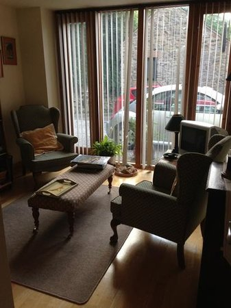 Old Hay Barn: sitting room