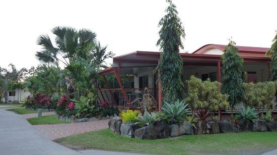 Fraser Lodge Holiday Park: Barbeque- und Küchenbereich