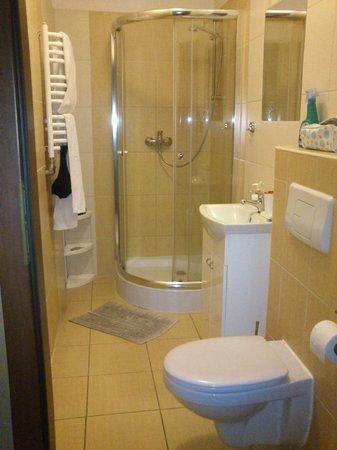 Atelier Aparthotel: baño
