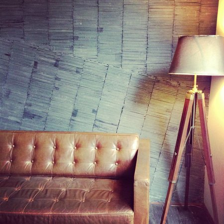 URBN Boutique Shanghai : Recycled chic interior
