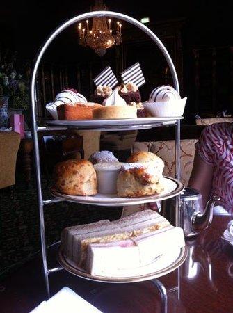 Afternoon tea at Wynyard hall