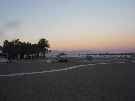 Hotel Don Paquito: La spiaggia.