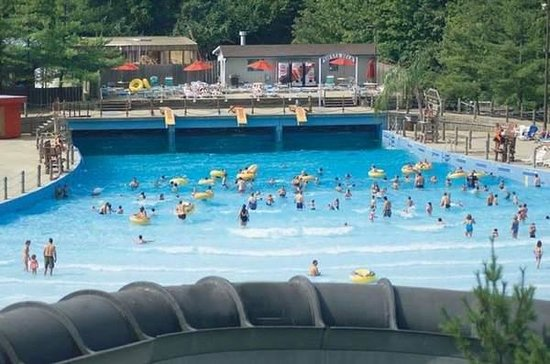 The Beach Waterpark Wavepool