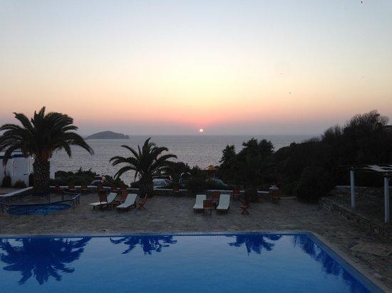 Faros Resort: Prise depuis la terrasse du petit dejeuner