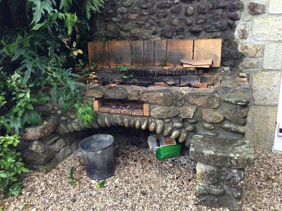 La Chapelle de Saint Pierre : Barbecue