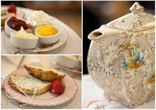 Dotty's Vintage: Vintage china and homemade scones
