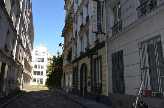 Hôtel Villa Bohème : Ingang hotel in impasse Cité Pigalle