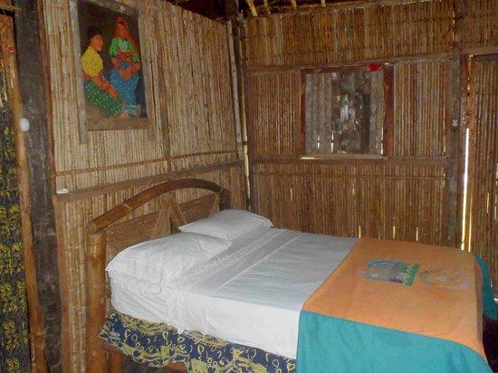 Sapibenega The Kuna Lodge: Parte de la habitación