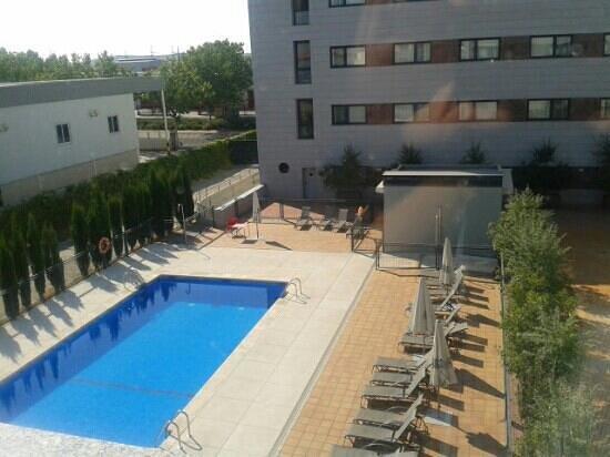 Hotel Avant Aeropuerto: piscina