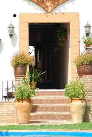 Casas de Montejaque: Doorloop van straat naar de binnenplaats