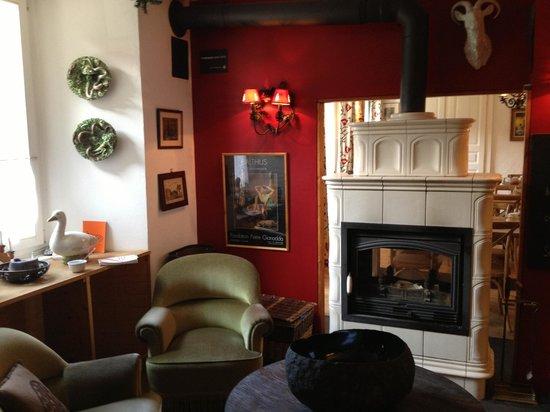 Hotel du Pillon: Détail de l'entrée