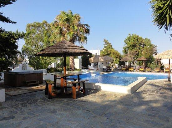 Summerland  Holiday's Resort: le jacuzzi, la piscine et le restaurant