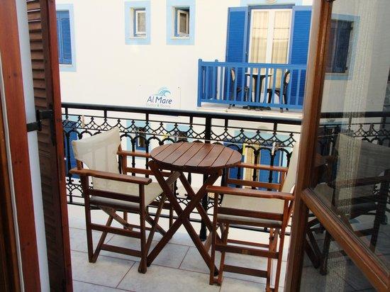 Antony Studios - Apartments & Spa: Balcony