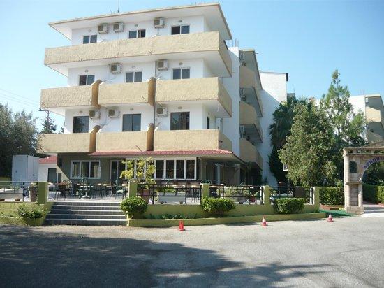 Achousa Hotel: hotel