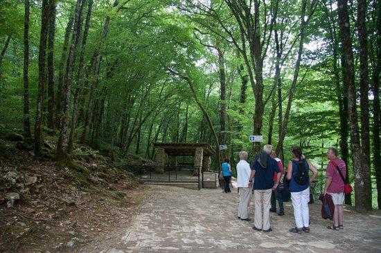 La Grotte de Villars