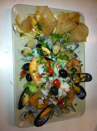 Pizzeria Trattoria: insalata di mare