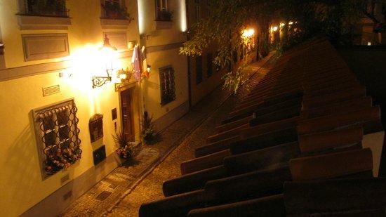 Alchymist Nosticova Palace: вид с террасы