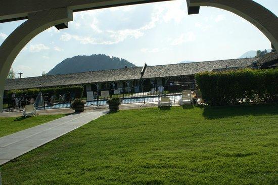Virginian Lodge: pool