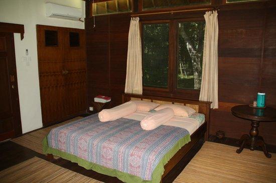 The Lodge @ Belongas Bay : Doppelzimmer kleinerer Bungalow