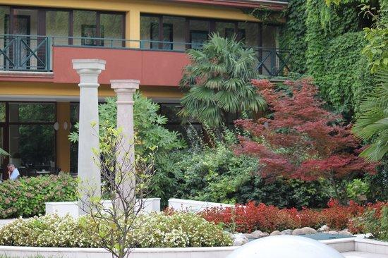 Parc Hotel Gritti: Central Public area