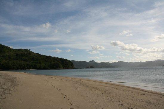 The Lodge @ Belongas Bay : Südlicher Strandabschnitt Belongas Bay