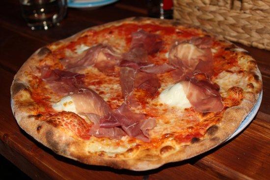 Pizzeria Da Leopoldo: Pizza