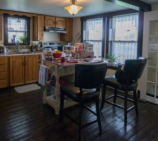 Quintal House Heritage Guest Home: Kitchen (stocked)