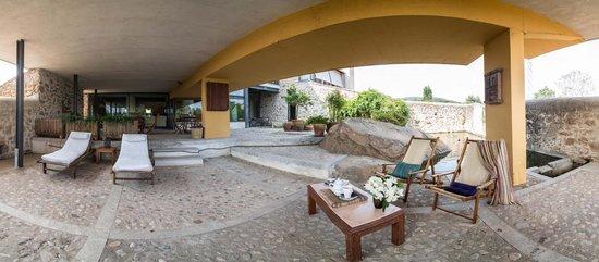 Hotel El Turcal: Patio