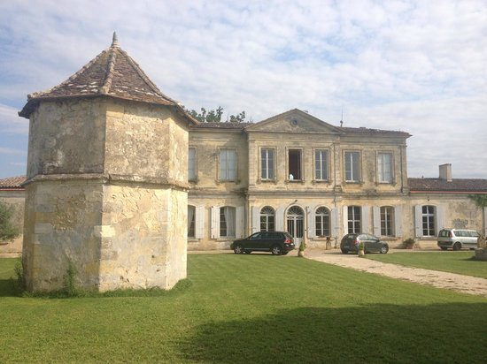 Chateau Couloumey : The front of the Chateau