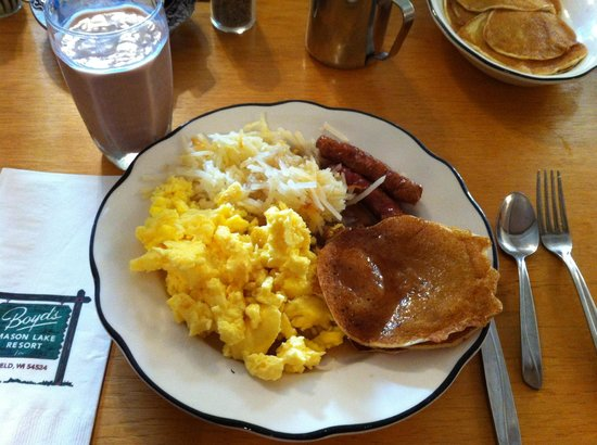 Fifield, WI: Unbeatable breakfast!