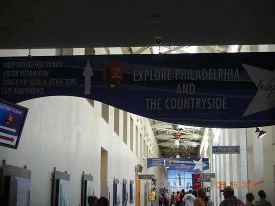 Independence Visitor Center: Interior