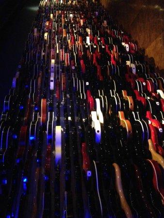 Hard Rock Cafe: guitar collection.