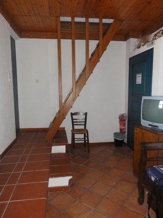 Kalimera Hotel: Notre chambre (premier niveau)