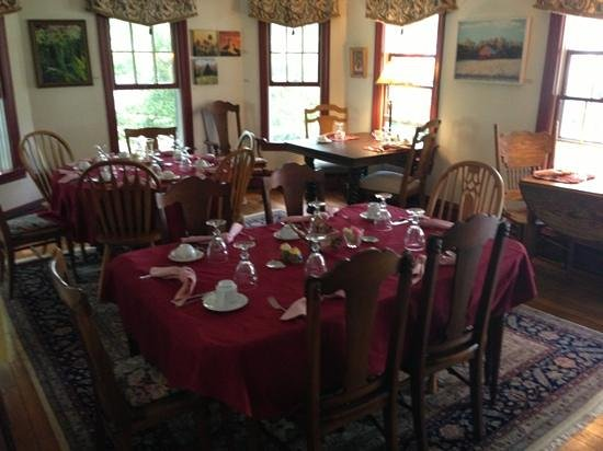 Back Creek Inn: dining room