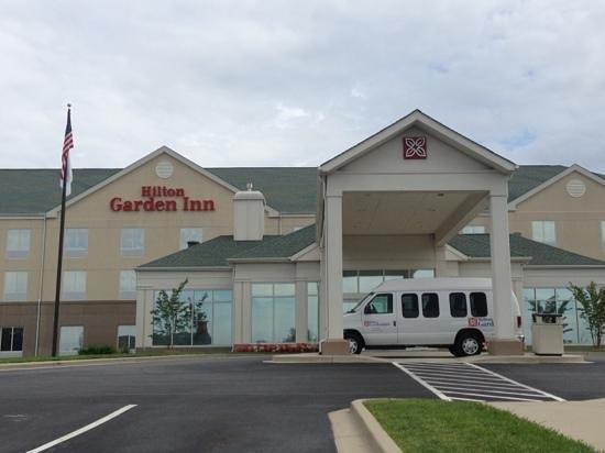 Hilton Garden Inn Solomons: entrance