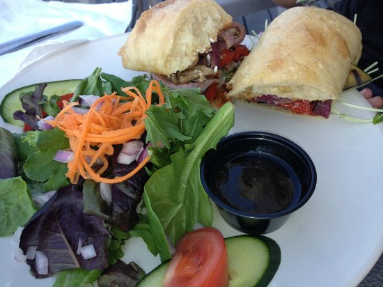 The Lighthouse Grill : Grilled Vegetable Sandwich