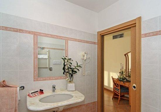 Hotel Katy: Bagno