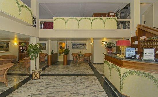 Hotel Katy: Ingresso