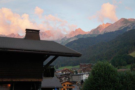 Hotel Alpen Roc: vue de notre chambre