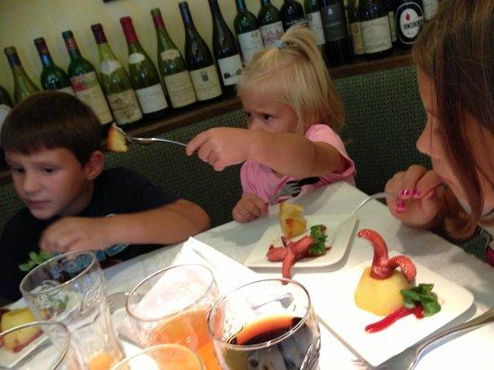 Restaurant Bachler: würstlpalme auf erdäpfelinsel