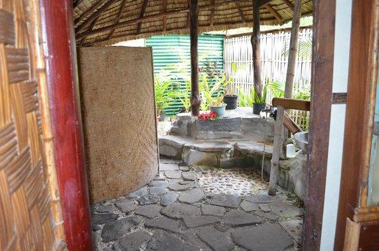 kuriri ext rieur picture of le kuriri maupiti island tripadvisor. Black Bedroom Furniture Sets. Home Design Ideas