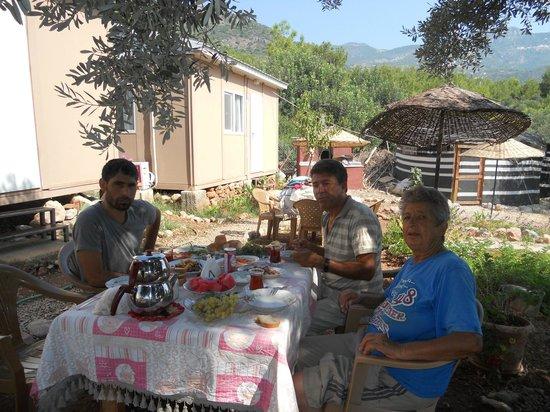 Datca Ciftlik Evi: kahvaltı keyfi