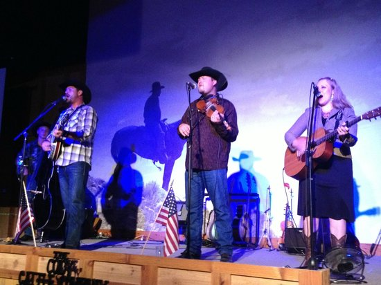 The Cody Cattle Company : Ryan Martin and Wilson Family String Band