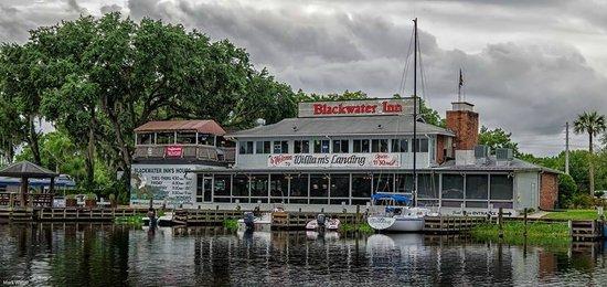 Williams Landing: Blackwater Inn & William's Landing, Astor, Fl. (dockside)