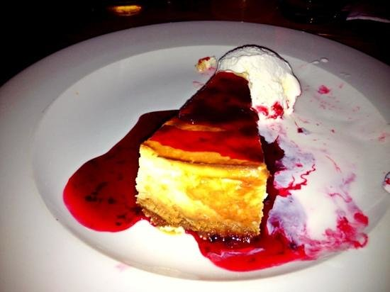 The Bell Tavern : cheesecake at the bell