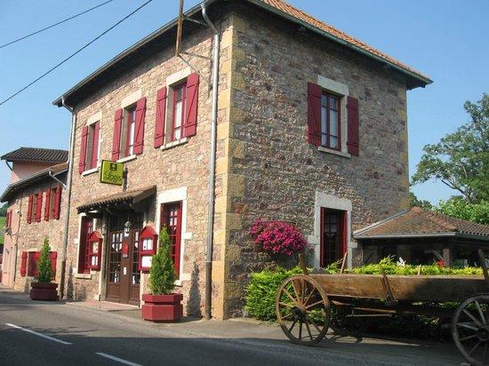 Le Moulin de Saint Vérand : Hôtel